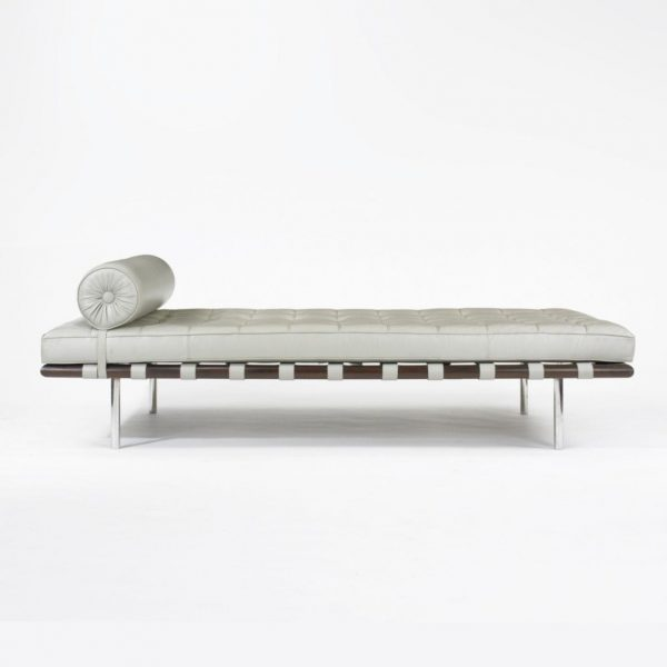 Barcelona-Daybed_Mies-van-Der-Rohe_valk2-1024×1024